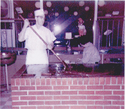 fudge-pot-chicago-jim-making-fudge